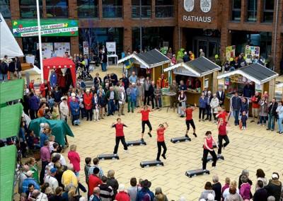 Vereinsmesse auf dem Rathausplatz